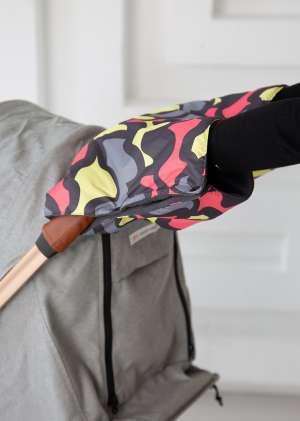 Муфта для рук для коляски утепленная цветные пятна