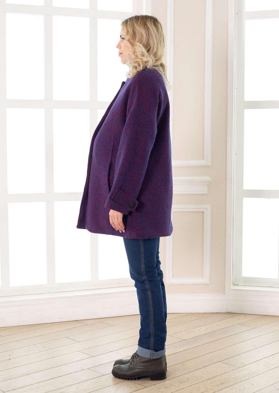 Пальто со спущенным плечиком