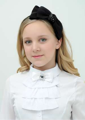 Блуза с жабо школьная