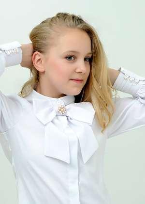 Блуза с бантом  школьная