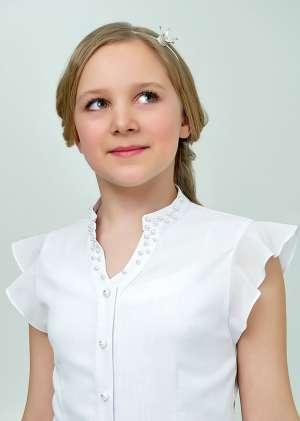 Блуза с рукавом