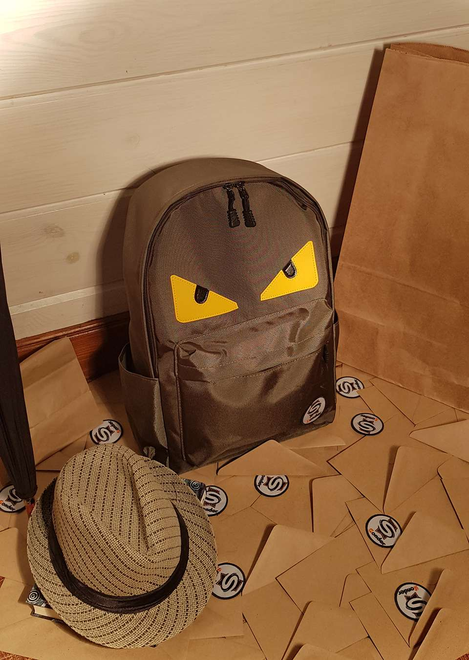 Рюкзак на молнии зеленый